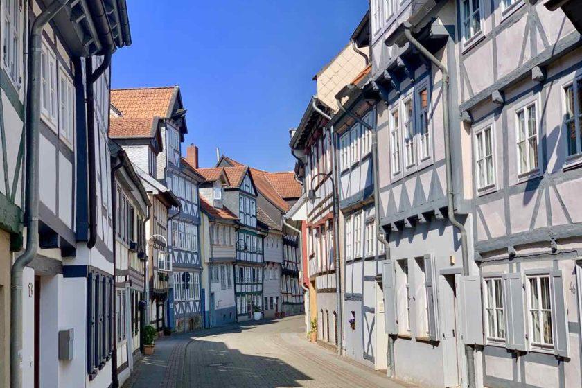 Straße mit Fachwerkhäusern in Wolfenbüttel