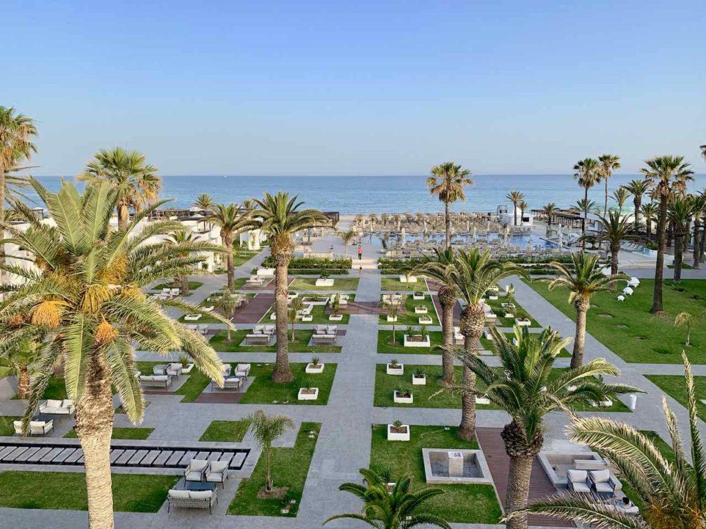 Blick Richtung Garten und Meer vom Hotel LTI Les Orangers Garden