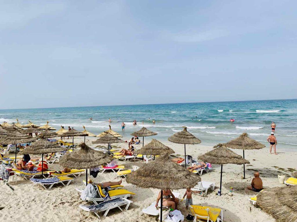 Im Norden von Tunesien: Strand von Mahdia beim Hotel Mahdia Beach