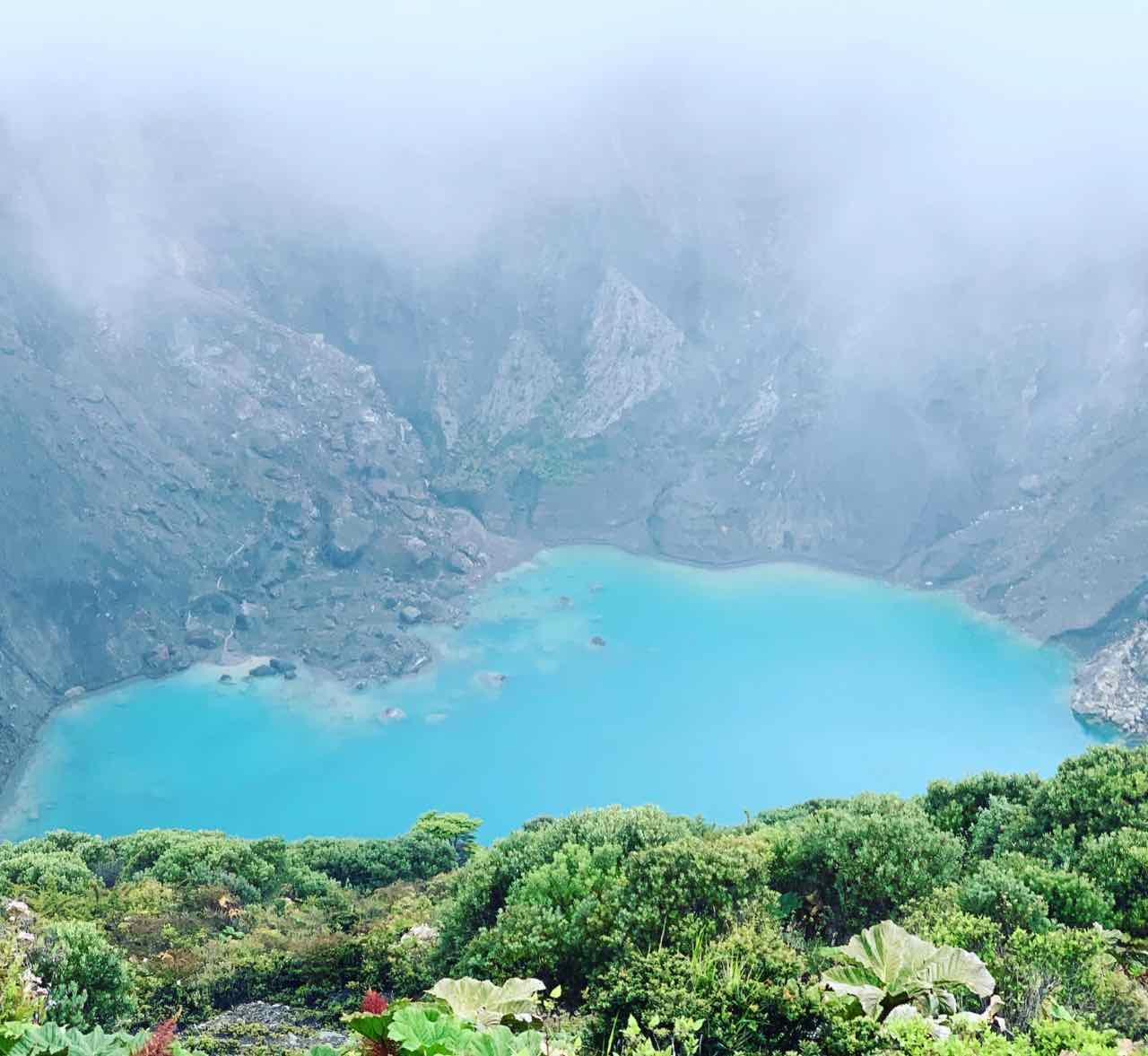 Hauptkrater vom Vulkan Irazu