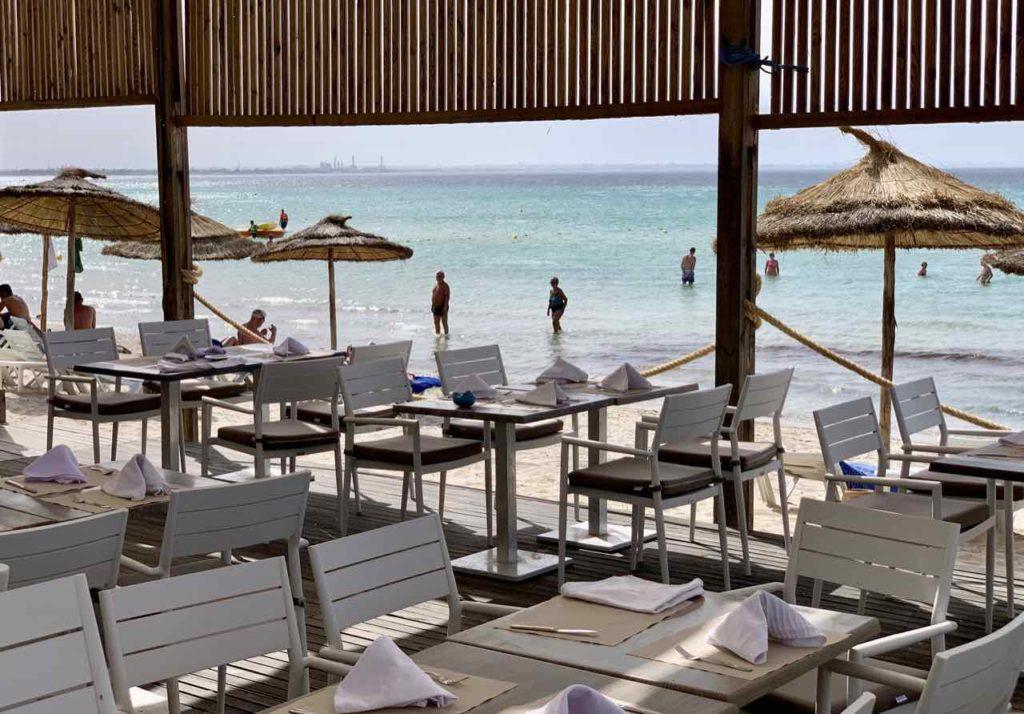 Strand beim Hotel Royal Elyssa