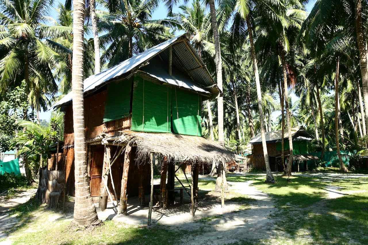 "Andaman Islands: Havelock Island: Emerald Gecko ""Lodge"""