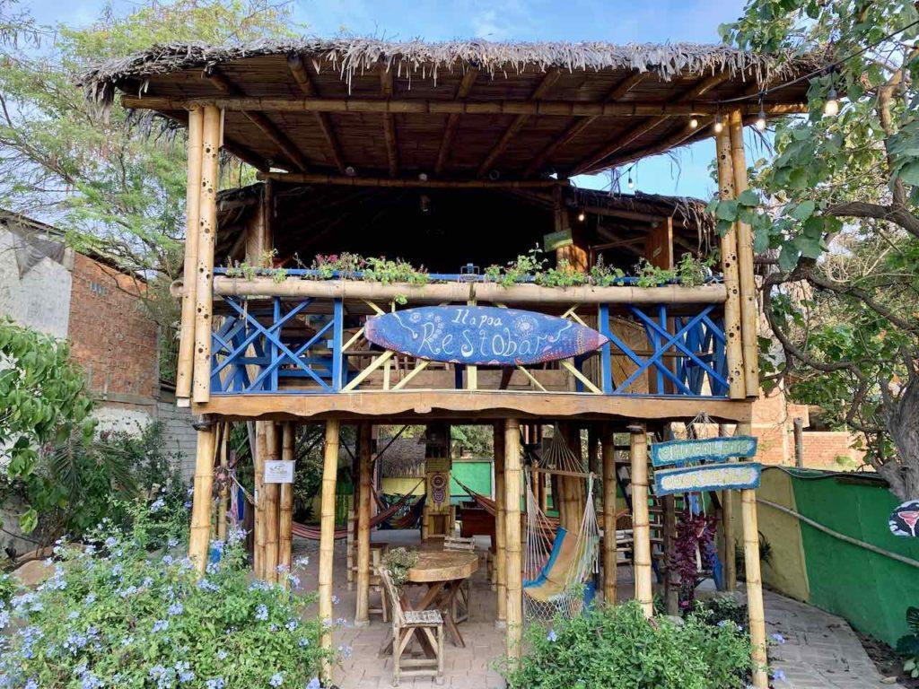 Puerto López: Restobar vom Hosteria Cabanas Itapoa