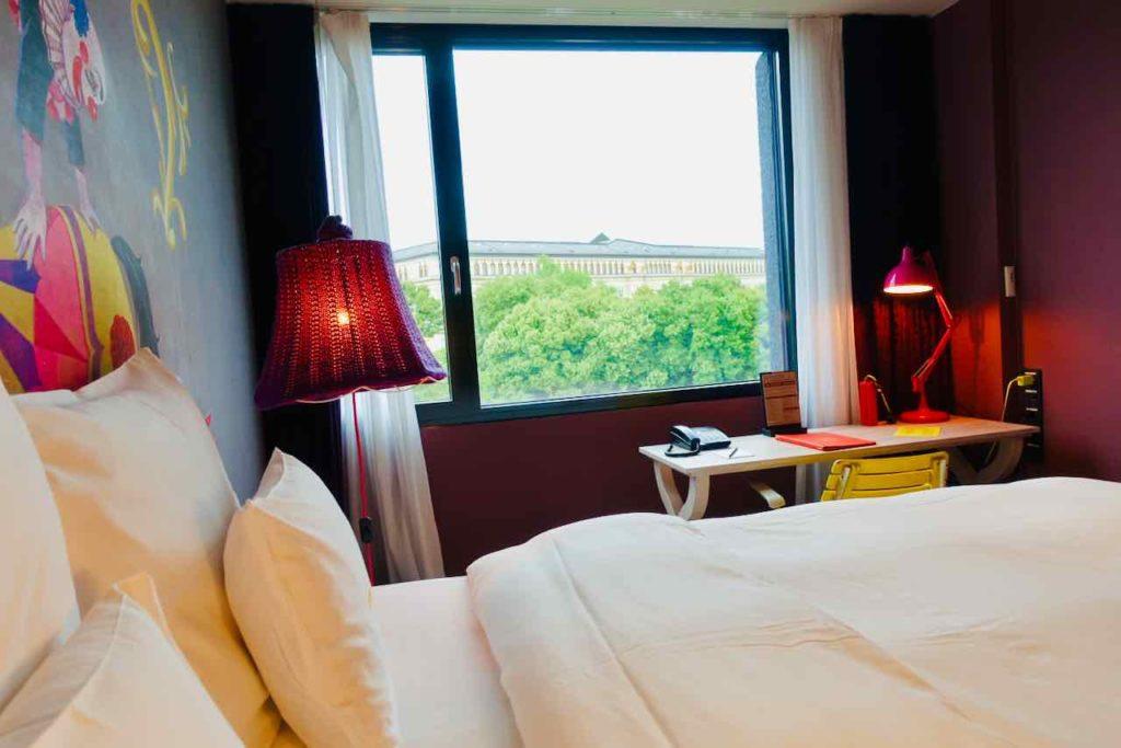 25Hours Hotel Wien am Museumsquartier, Blick zum Justizpalast
