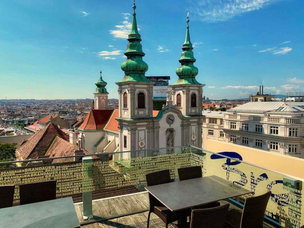Wien, Dachterrasse des Restaurant Akakiko im Kaufhaus Gerngross