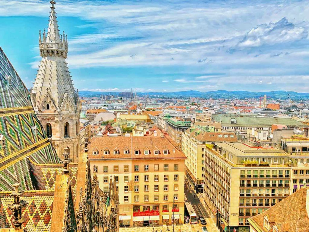 Wien: Blick von der Aussichtsterrasse vom Stephansdom