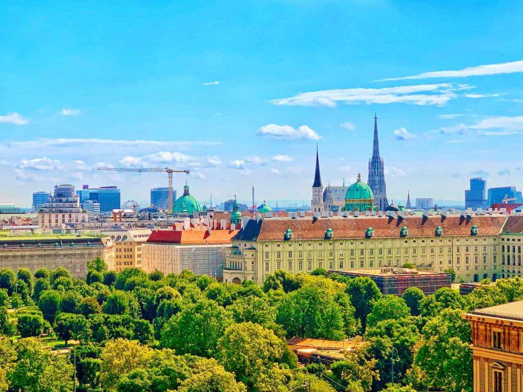 Wien: Blick von der Dachterrasse des Justizpalastes
