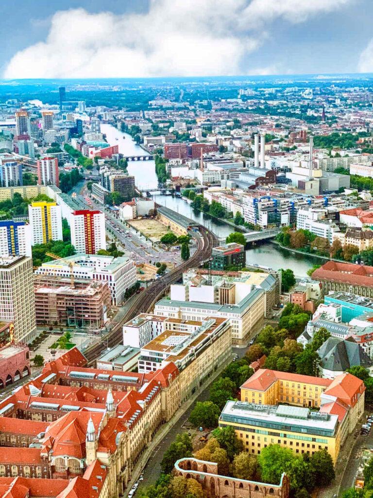 Blick vom Fernsehturm in Berlin - tagsüber
