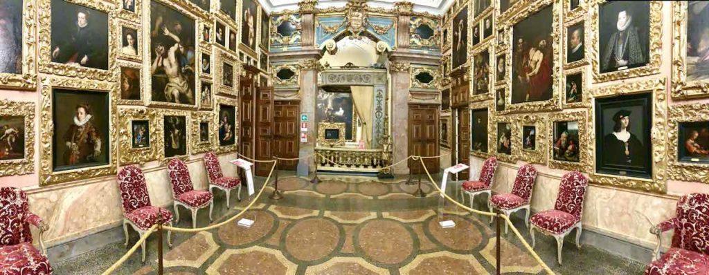 Palazzo Borromeo auf der Isola Bella auf dem Lago Maggiore, Italien