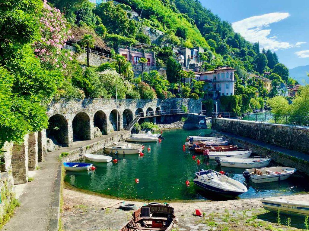 Hafen von Cannero Riviera am Lago Maggiore