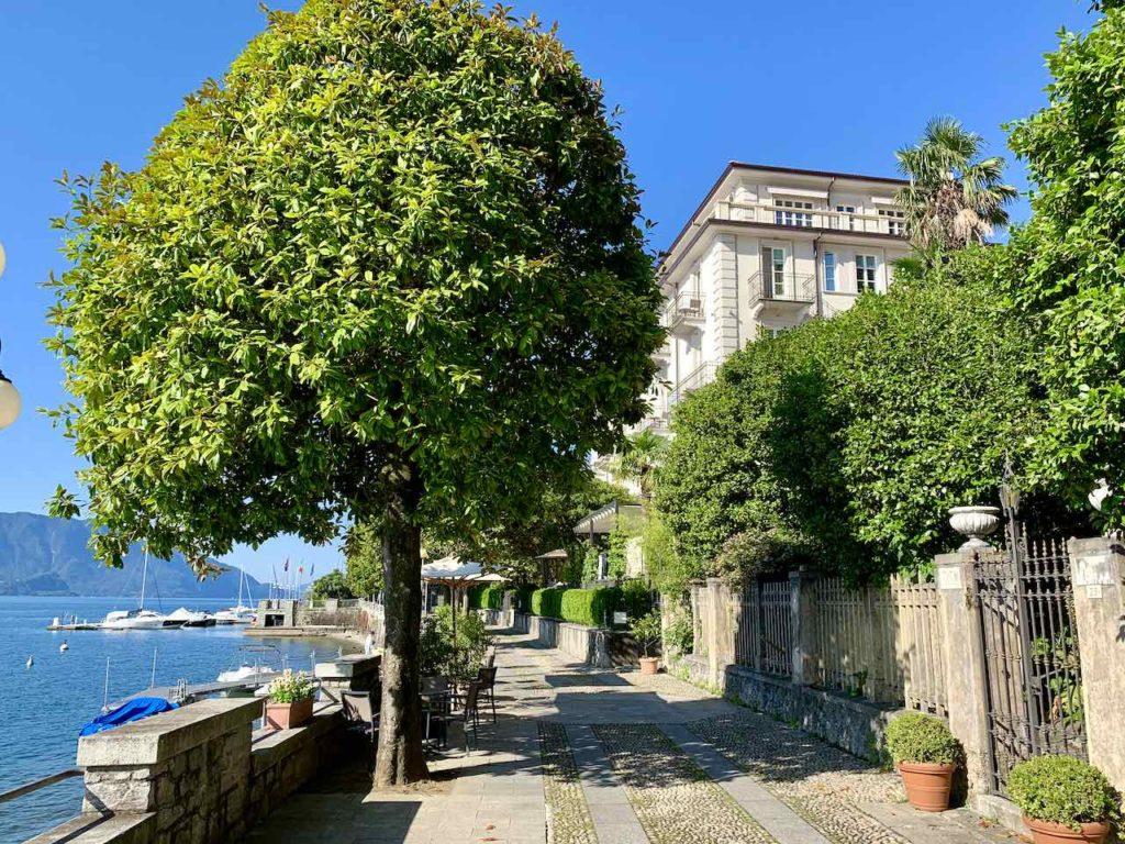 Promenade von Cannero Riviera am Lago Maggiore