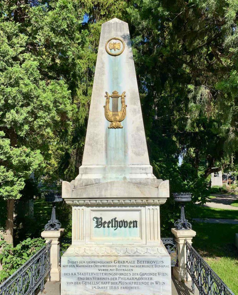 Ehrengrab von Beethoven auf dem Zentralfriedhof Wien