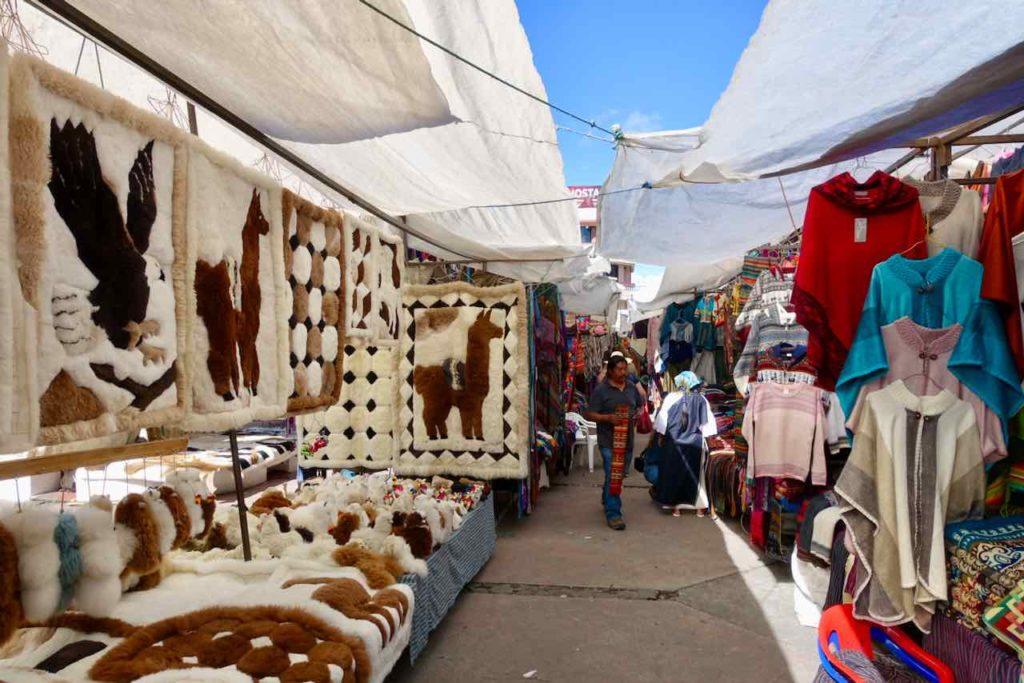 Indiomarkt in Otavalo