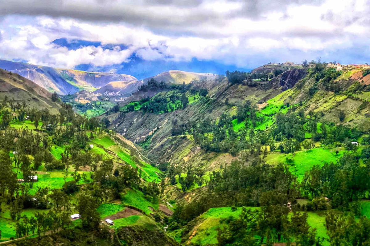 Landschaft bei Alausí in Ecuador
