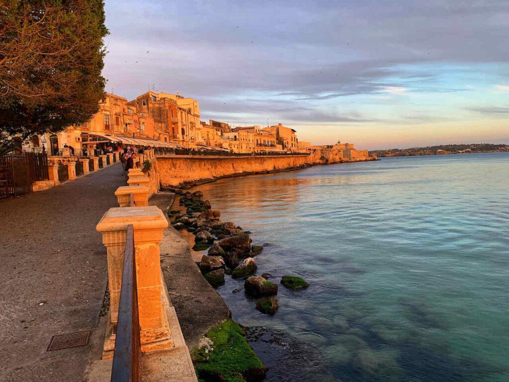 Strandpromenade Vittorio Emanuele II von Syrakus
